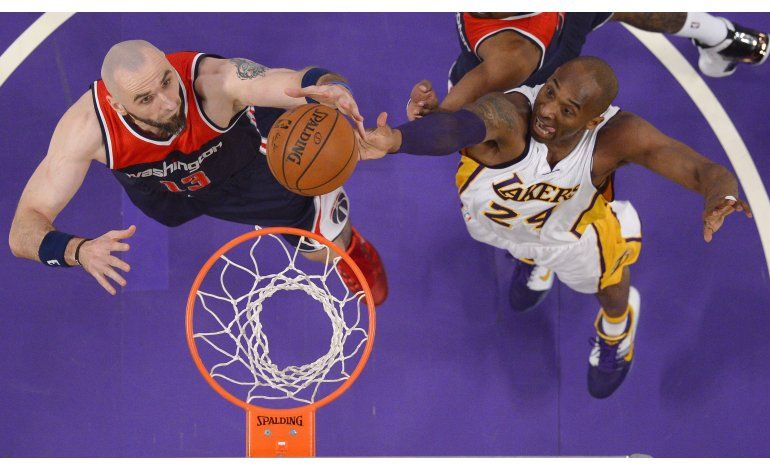 Wizards inician gira por costa oeste venciendo a Lakers