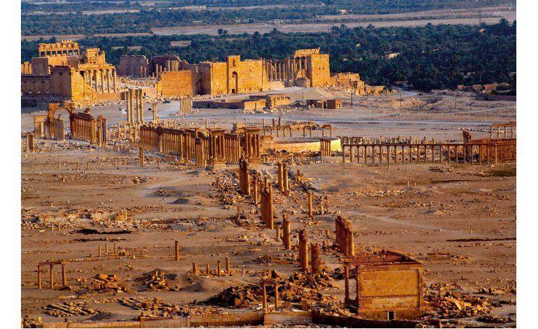 Tropas sirias retiran minas y bombas tras recuperar Palmira