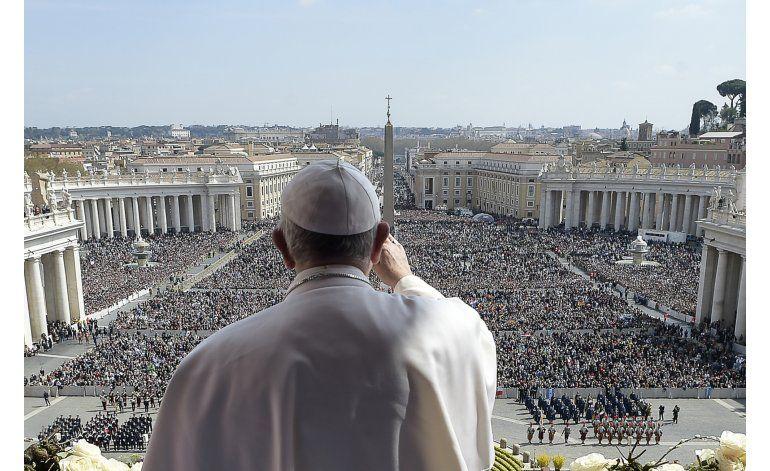El papa Francisco lamenta atentado en parque en Pakistán