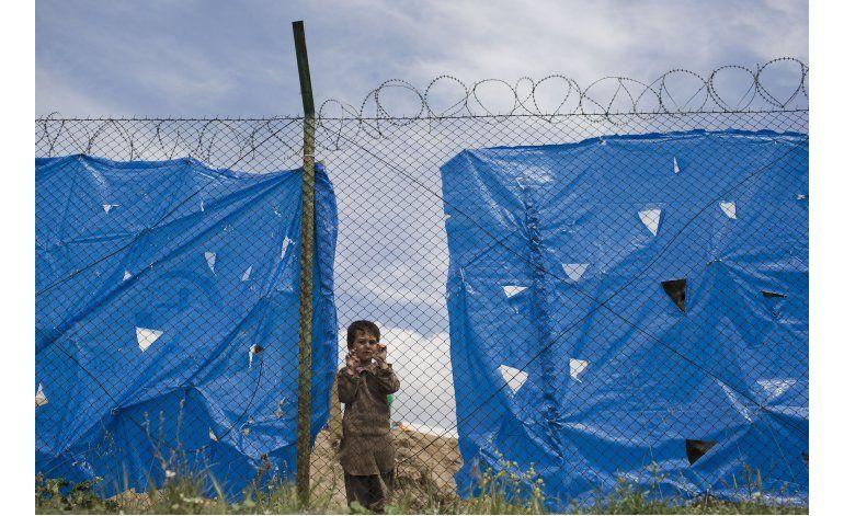Grecia instalará altavoces en campamentos fronterizos