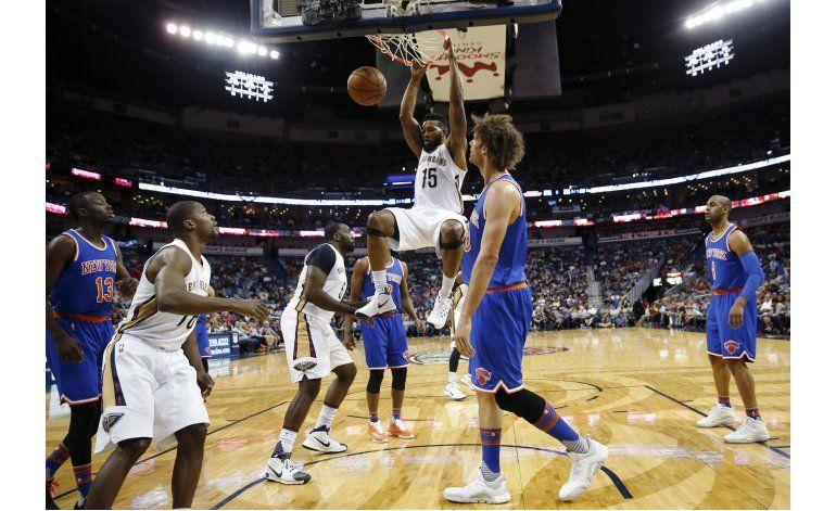 Holiday vuelve y Pelicans vencen a Knicks