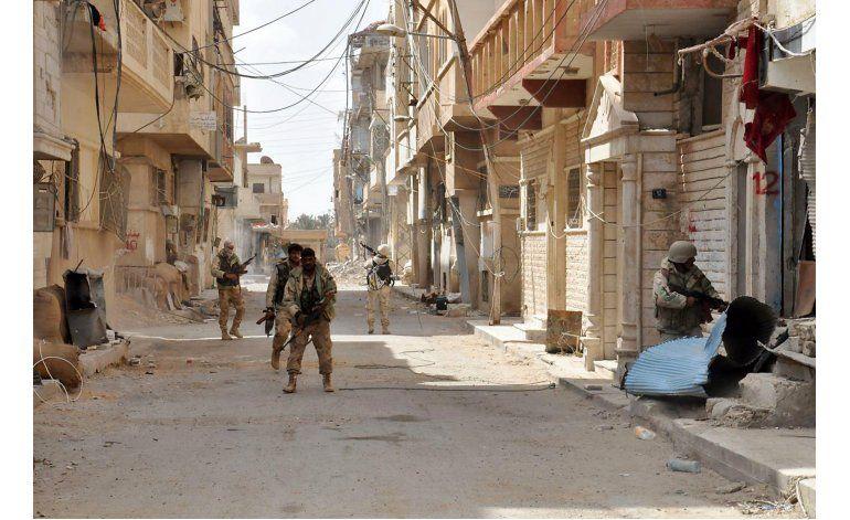 Siria: Retiran 150 minas de ruinas de Palmira