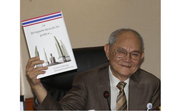 Tailandia presenta al público su borrador de constitución