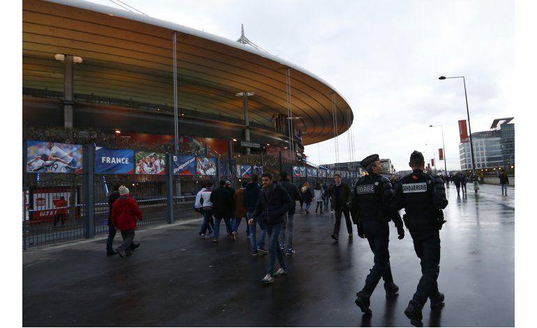Vuelve el fútbol al estadio nacional de Francia