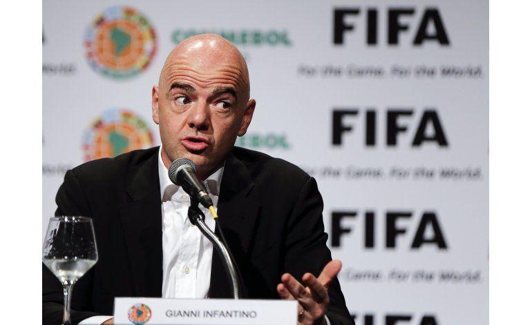 Infantino: FIFA se apresta a probar el video en arbitrajes