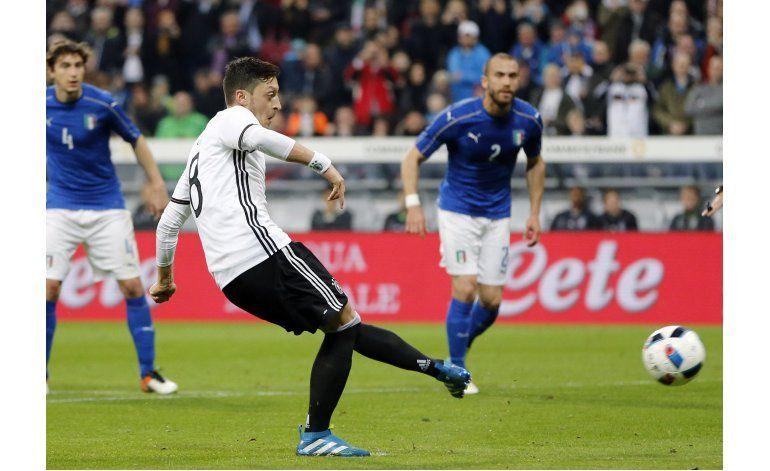 Alemania vence a Italia por primera vez en más de 20 años
