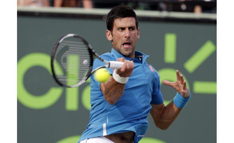 Un desteñido Djokovic puede más que Thiem en Miami