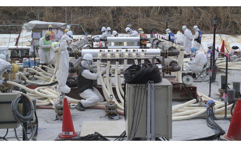 Japón usa muro de hielo para frenar filtración en Fukushima