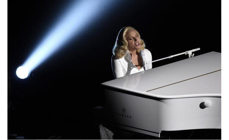 Biden y Gaga llevan su campaña contra abuso sexual a Vegas
