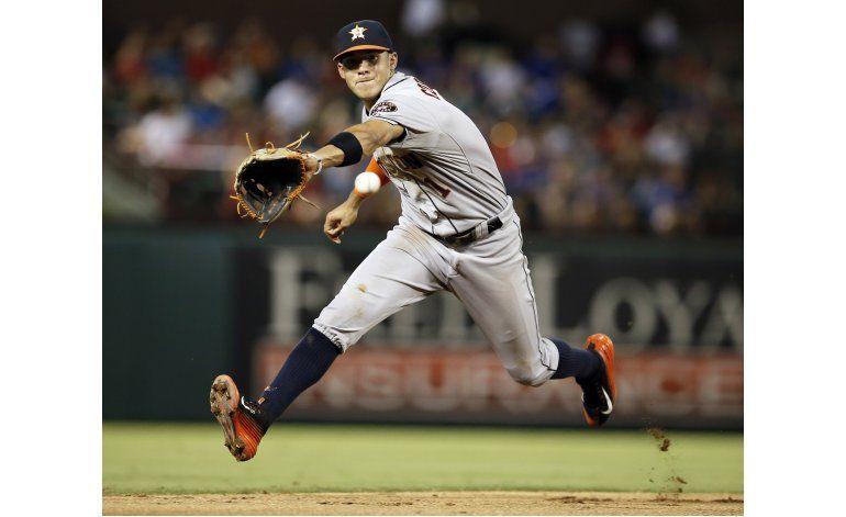 Correa y Altuve activan a los renacidos Astros
