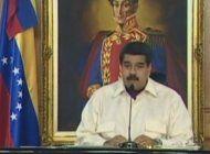 policias y militares activos en venezuela tambien firman para revocar mandato de nicolas maduro