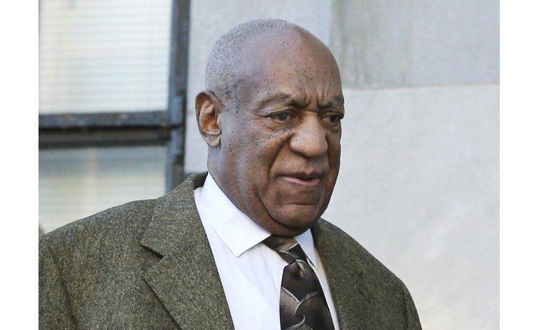 Juez aplaza declaraciones para Cosby