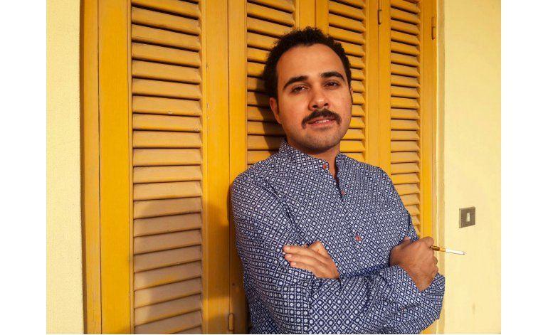Autor egipcio encarcelado Ahmed Naji recibirá premio PEN