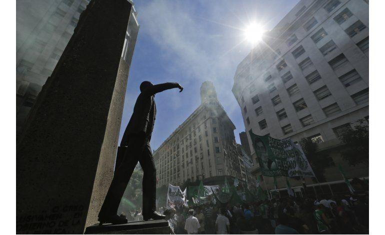 Argentina: Sindicatos rompen tregua con gobierno