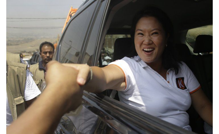 Perú: Izquierdista empata segundo lugar en simulacro de voto
