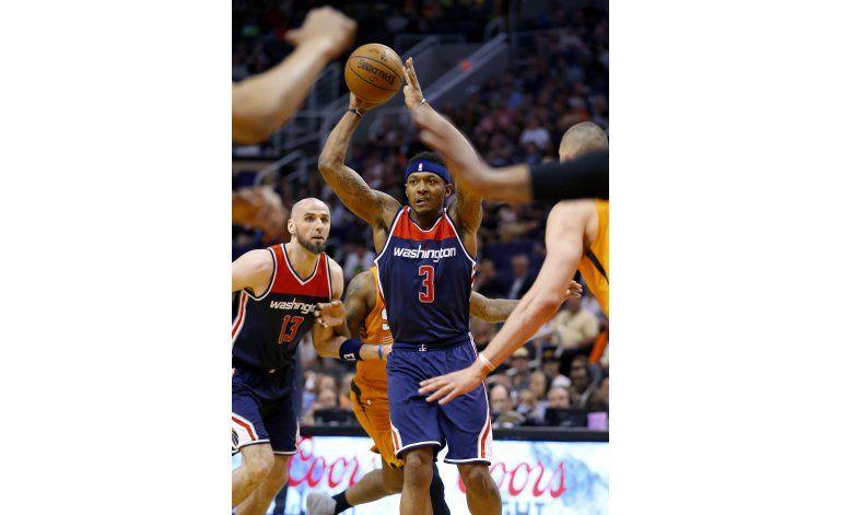 Morris brilla en su regreso a Phoenix, Wizards vencen a Suns