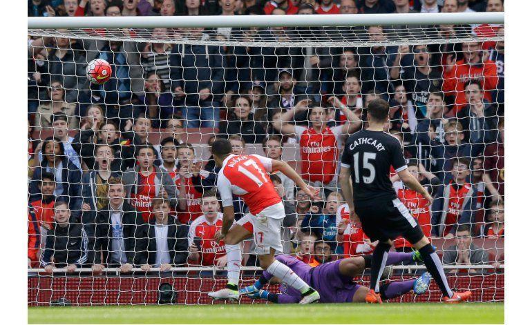 Tottenham empata y Leicester sonríe en la Premier