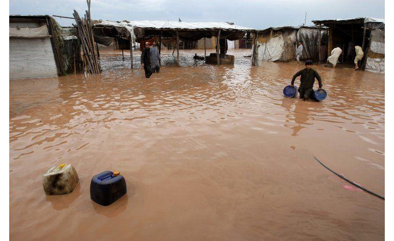 Inundaciones en Pakistán dejan 45 muertos