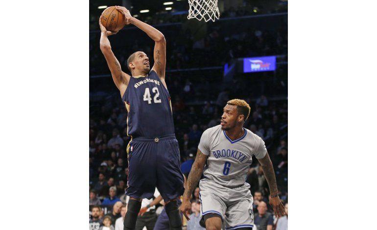 Frazier se destaca en paliza de Pelicans en Brooklyn