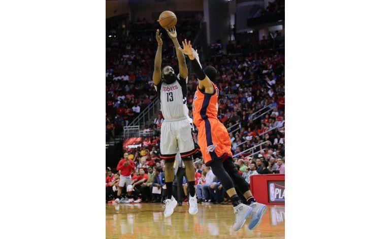 Con 41 de Harden, Rockets sorprenden a Thunder