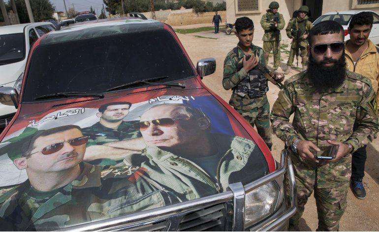 Ejército sirio presiona con ofensiva contra Estado Islámico