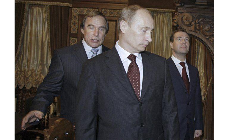Niegan que Putin esté involucrado en escándalo financiero