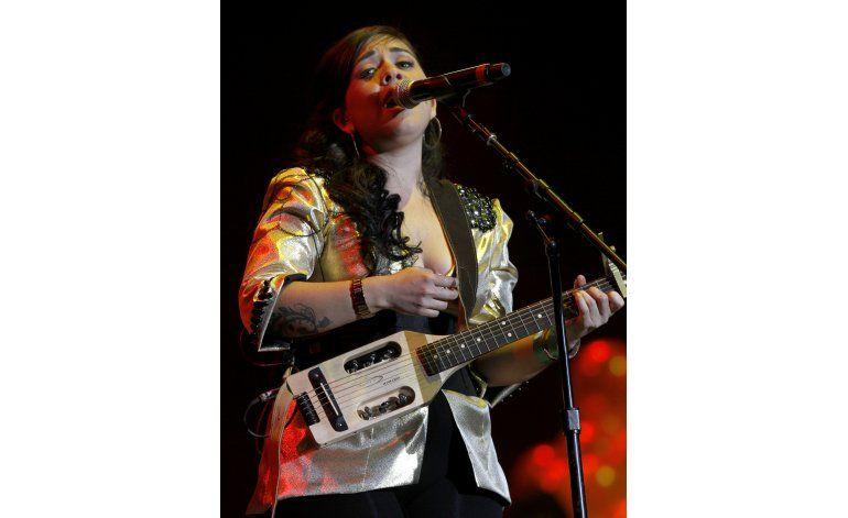 Carla Morrison omnipresente en festivales de primavera