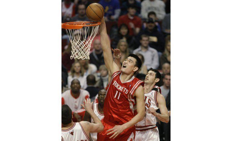 Iverson, ONeal y Yao al Salón de la Fama del básquet