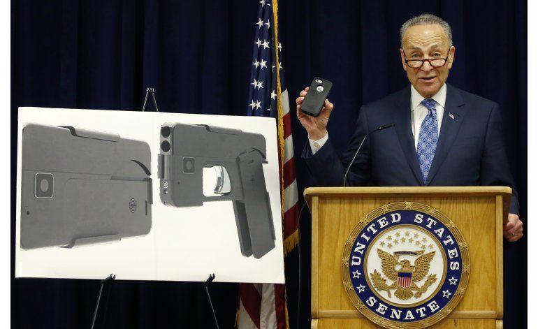 Senador de EEUU pide revisar pistola en forma de smartphone