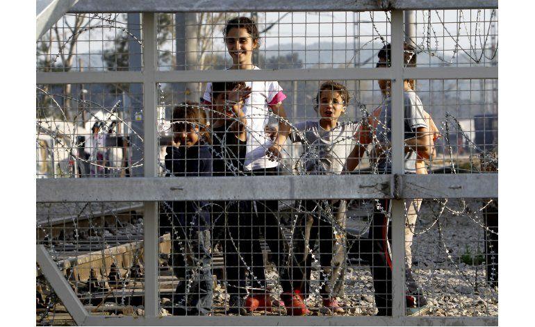 LO ULTIMO: Turquía envía 78 migrantes sirios a Europa