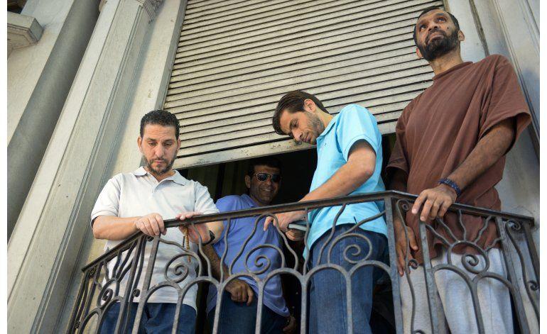 Mujica se arrepiente de haber recibido presos de Guantánamo