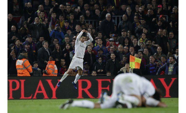 Real Madrid encabeza encuesta semana de la AP