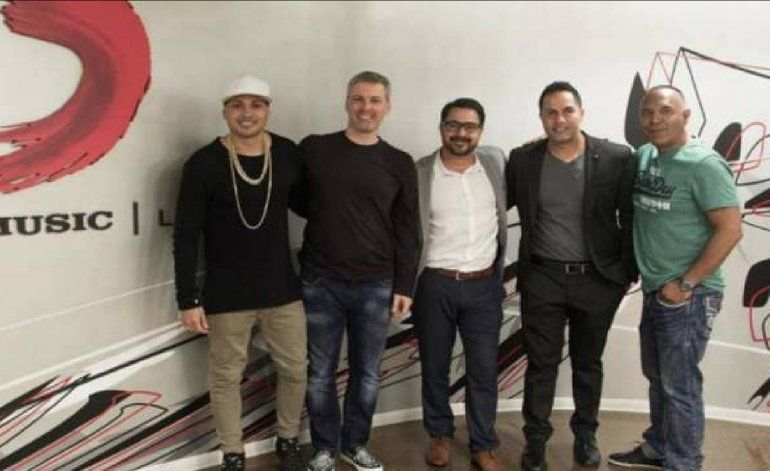 Jacob Forever firma contrato con Sony Music