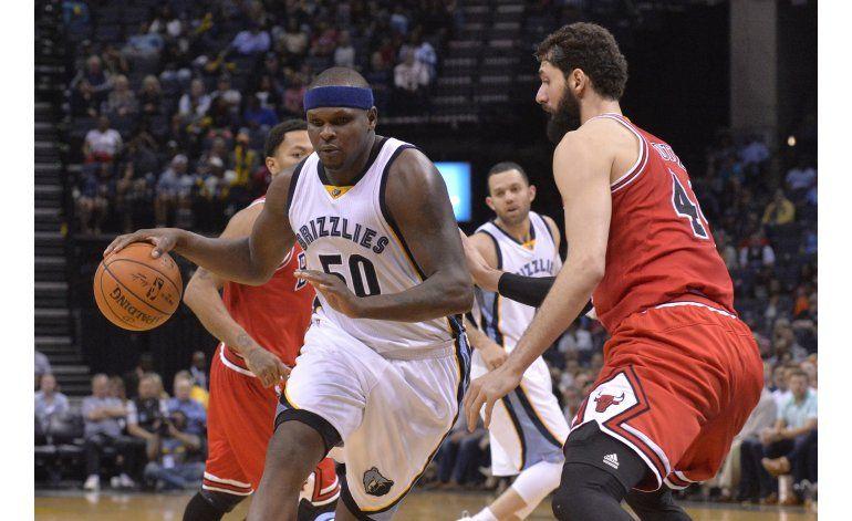 Randolph logra doble doble; Grizzlies vencen a Bulls