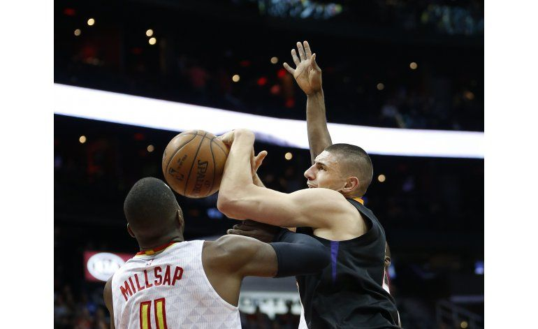 Teague y Bazemore encabezan remontada de Hawks sobre Suns