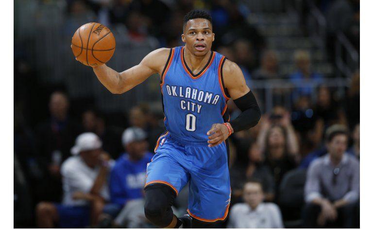 Westbrook llega a 17 triples dobles con el Thunder