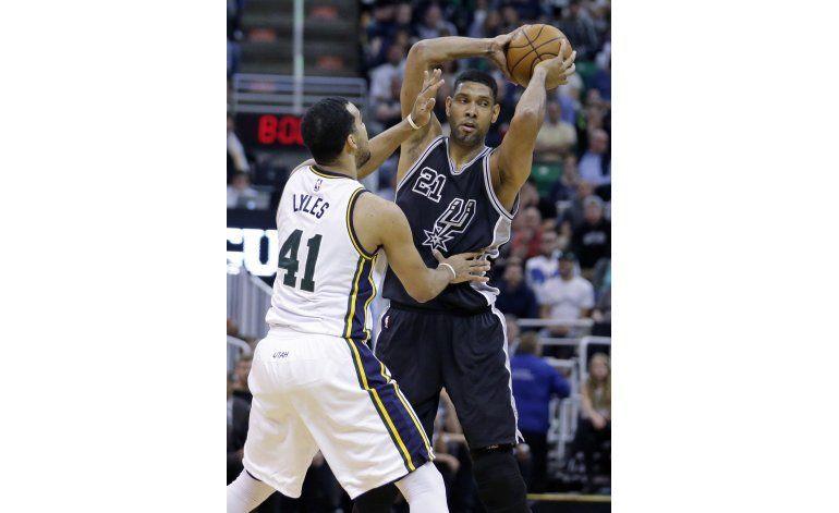 Duncan llega a 1.000 victorias; Spurs vencen a Jazz
