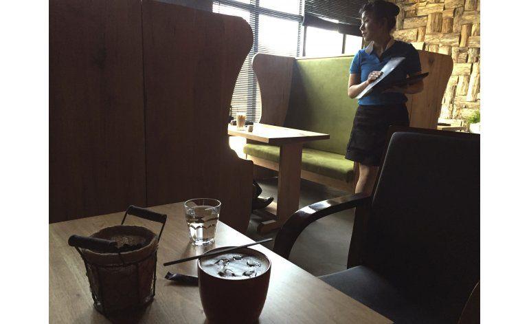AP FOTOS: El café triunfa en la capital de Corea del Norte