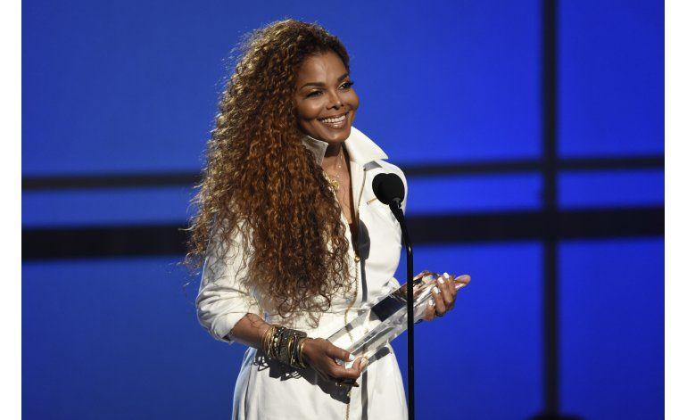 Janet Jackson suspende gira por planes familiares
