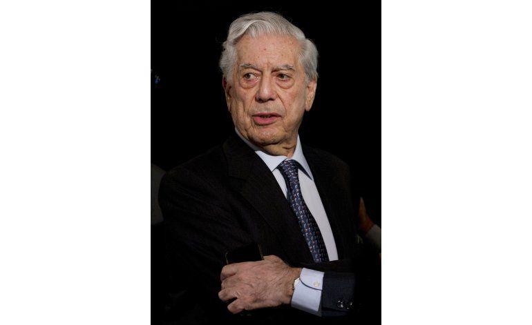 Vargas Llosa es nombrado en los Papeles Panamá