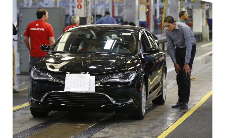 Fiat Chrysler da de baja temporal a 1.200 empleados