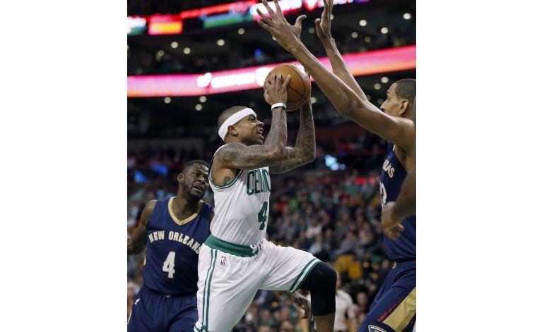 Celtics aprovechan ausencias de Pelicans y ganan en Boston