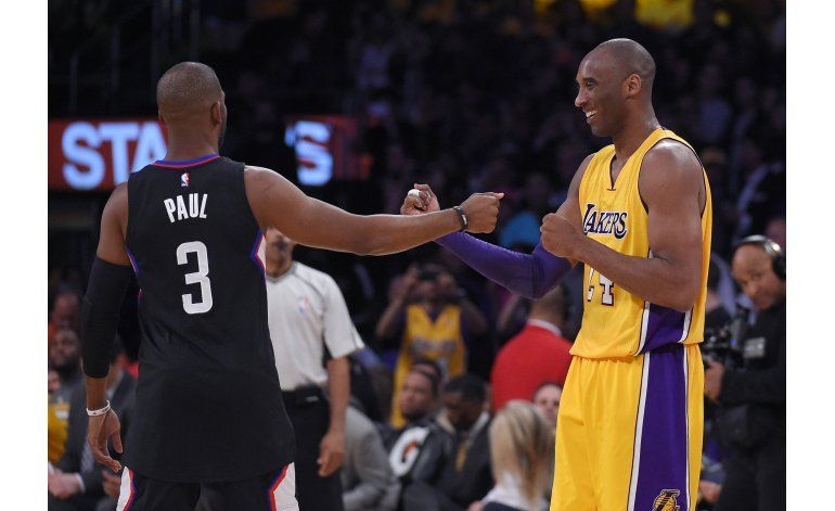 Clippers ganan Lakers, Kobe empieza a despedirse de Staples