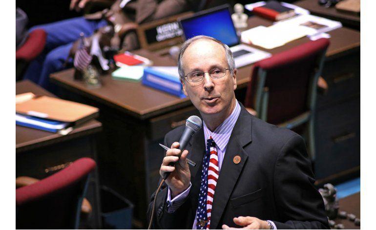 Restringen cobertura legislativa a reporteros en Arizona
