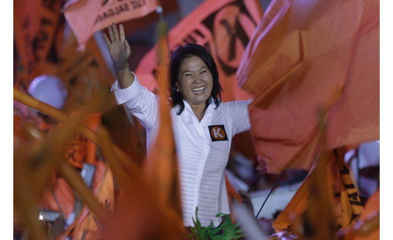 Perú: Fujimori primera y empate en segundo lugar