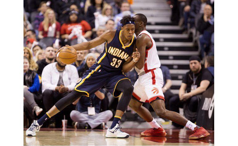 Raptors retrasan pase de Pacers a playoffs