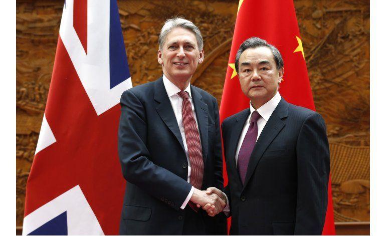 Gran Bretaña insta a China a reducir capacidad siderúrgica