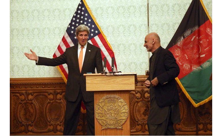 Kerry pide unidad a integrantes de gobierno en Afganistán