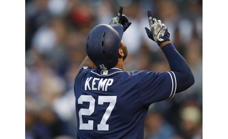 Kemp pega 2 jonrones y remolca 6; Padres ganan