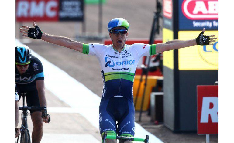 Matthew Hyman gana la carrera París-Roubaix